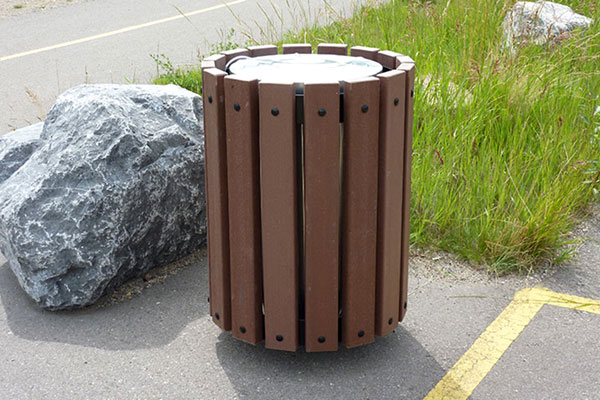 Trash Receptacles – Series AR