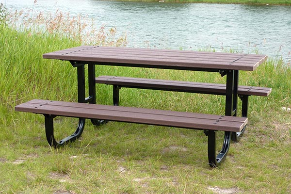 CPL Picnic Tables – Series BR (recycled plastic)